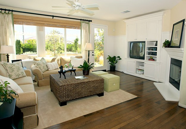 beautiful-home-interior-picture-material_38-6245