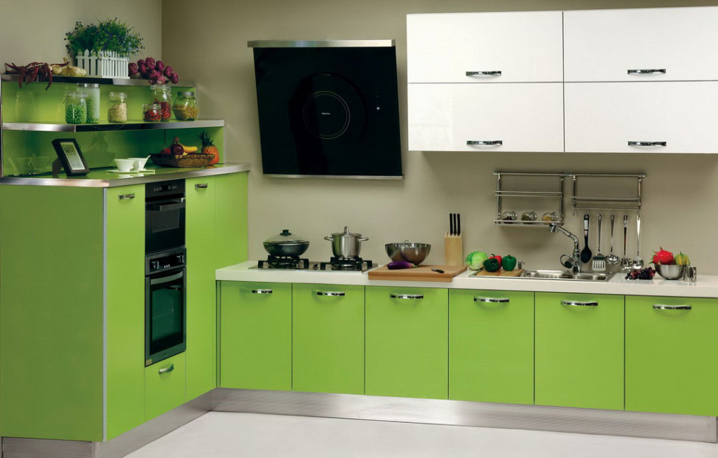 european-green-kitchen